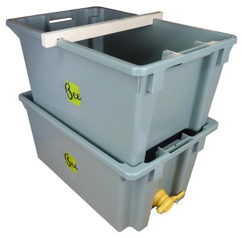 small plastic storage tubs