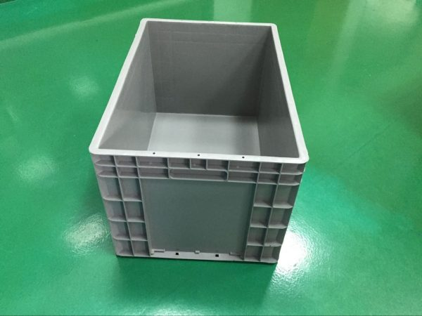 plastic stack bins