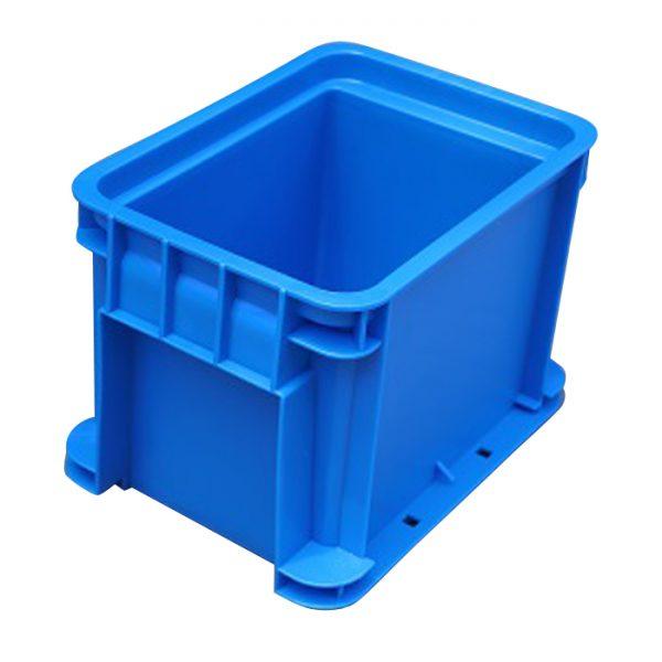 stackable plastic crates