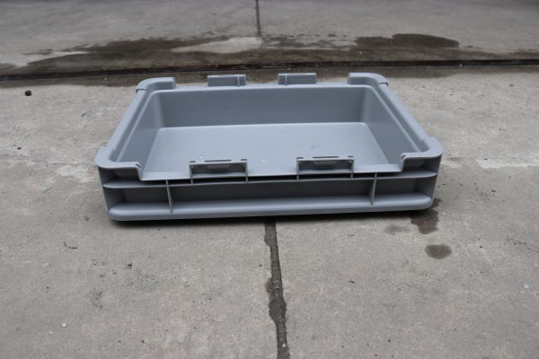 stackable plastic storage containers